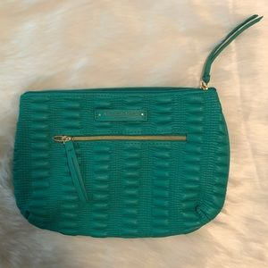 ELIZABETH Arden Green Clutch / Cosmetic Bag